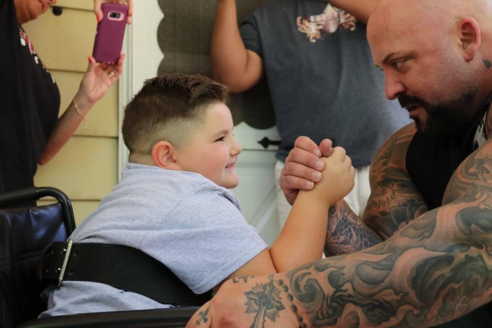 Big guy with a big heart' Frank Budelewski raises money for