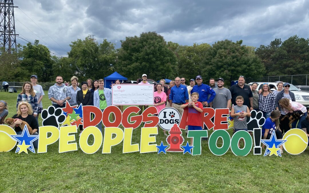 Dogs Are People, Too raises $3,000 for Diamonds in the Ruff
